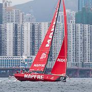© Maria Muina I MAPFRE. El MAPFRE durante la regata costera en Hong Kong. / MAPFRE during the Hong Kong In Port Race.