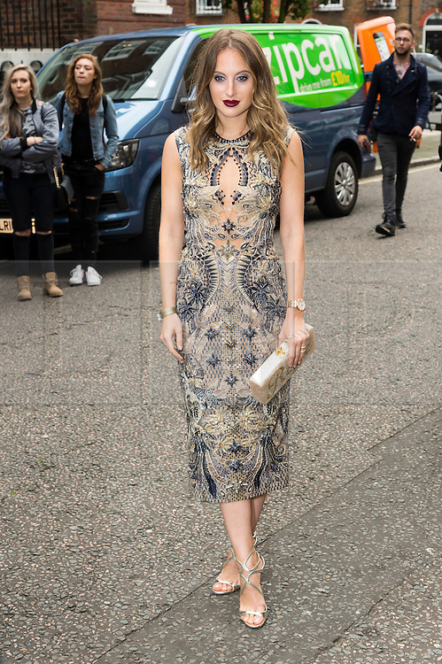 © Licensed to London News Pictures. 17/09/2016. ROSIE FORTESCUE arrives for the JULIEN MACDONALD Spring/Summer 2017 show. Models, buyers, celebrities and the stylish descend upon London Fashion Week for the Spring/Summer 2017 clothes collection shows. London, UK. Photo credit: Ray Tang/LNP