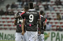 September 28, 2017 - Nice, France - Alassane Plea (OGC Nice) - Mario Balotelli  (Credit Image: © Panoramic via ZUMA Press)