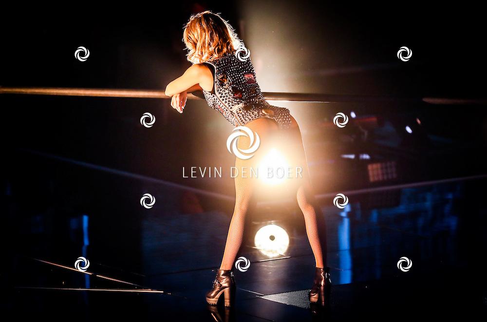 HILVERSUM - In de tv studio van hilversum zijn de halve finales van The Voice Of Holland geweest. Met hier op de foto danseres van TVOH. FOTO LEVIN EN PAULA PHOTOGRAPHY VOF