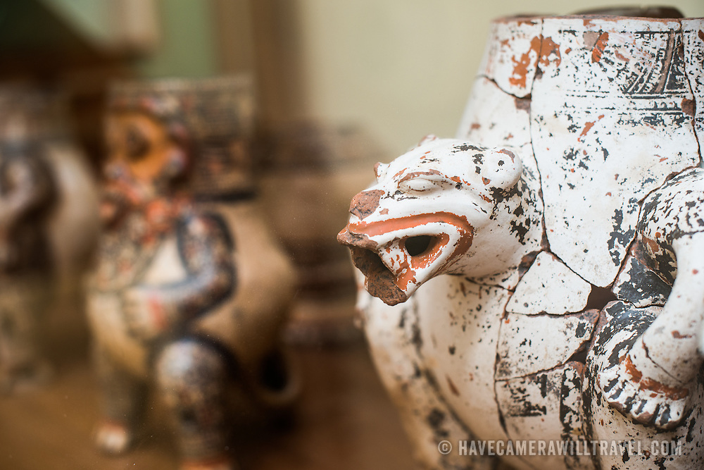Nicaraguan pottery on display at the Centro Cultural Convento San Francisco. It is dated to the Ometepe period, 1350-1550 DC. The The Centro Cultural Convento San Francisco, located just a couple of blocks from Parque Central in Granada, is dedicated to the history of the region.