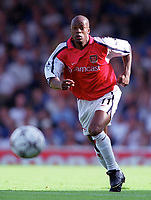 Sylvian Wiltord (Arsenal). F.A.Carling Premiership, 23/9/2000. Credit: Colorsport / Stuart MacFarlane.
