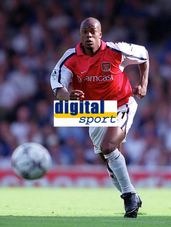 Sylvian Wiltord (Arsenal). F.A.Carling Premiership, 23/9/2000. Credit: Colorsport / Stuart MacFarlane.