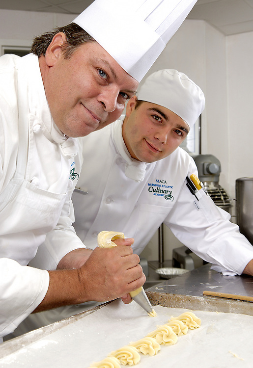 Pastry, Chefs, Kitchen, cooking, baking, restautant