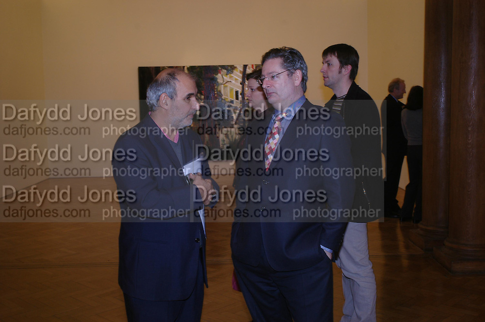 Alan Yentob and Dominic Lawson. the Triumph of Painting. Part 1. The Saatchi Gallery. 25 January 2005. ONE TIME USE ONLY - DO NOT ARCHIVE  © Copyright Photograph by Dafydd Jones 66 Stockwell Park Rd. London SW9 0DA Tel 020 7733 0108 www.dafjones.com