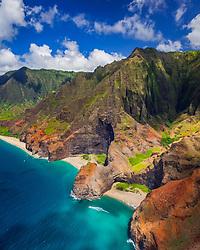 Honopu Beach or Cathedral Beach with natural arch, Honopu Valley, Kalalau Beach, and Kalalau Valley, Na Pali Coast, Kauai, Hawaii, USA, Pacific Ocean