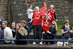 Fans on the route during the Bristol City open top bus parade to celebrate winning both the League 1 and Johnstone's Paint Trophy titles this season and promotion to the Championship - Photo mandatory by-line: Rogan Thomson/JMP - 07966 386802 - 04/05/2015 - SPORT - FOOTBALL - Bristol, England - Bristol City Bus Parade.