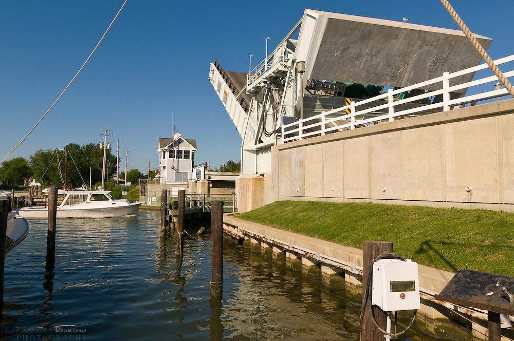Knapps Narrows Drawbridge, the busiest drawbridge in the United States,Tilghman Island, Maryland USA