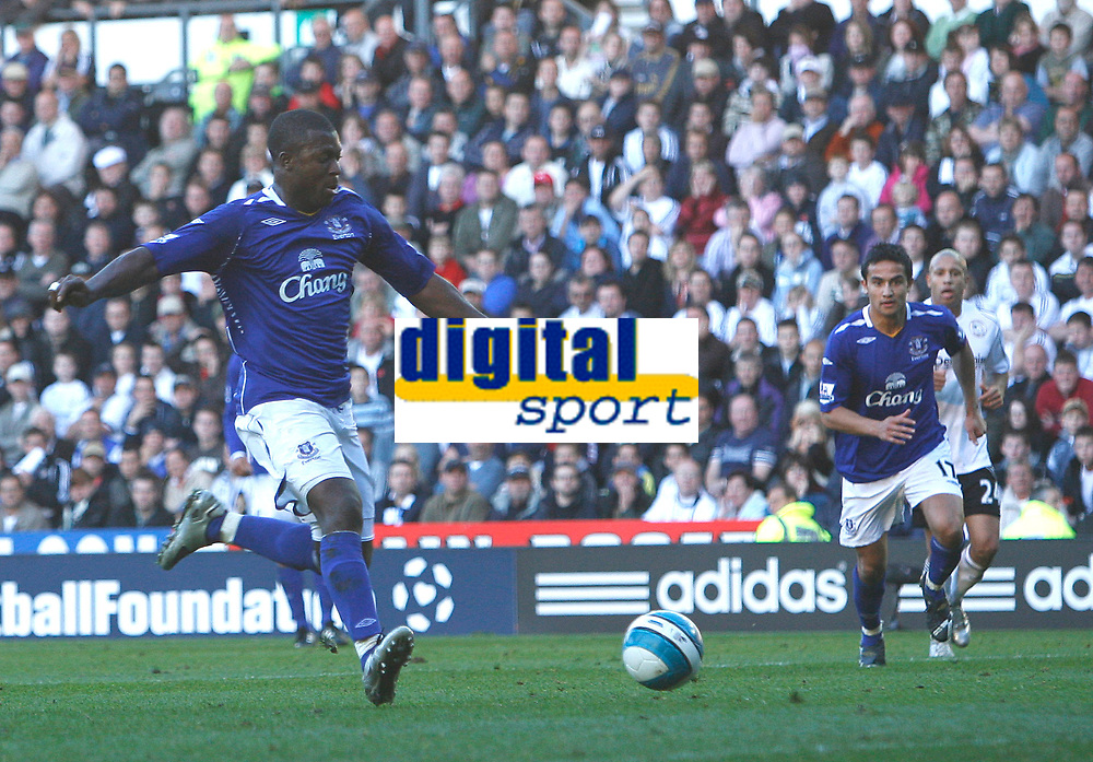 Photo: Steve Bond.<br />Derby County v Everton. The FA Barclays Premiership. 28/10/2007. Yakubu fires the ball home for Everton's 2nd