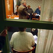 Sportcafe Huizen Ad van Daalen wethouder Willy Metz toeschouwer op de gang