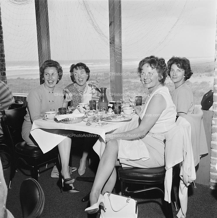 Y-620916-19-02. Oregon Restaurant Association first annual convention, Hotel Gearhart, Surfside Motel. September 16/17/18, 1962