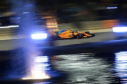April 7, 2018 - Sakhir, Bahrain - Motorsports: FIA Formula One World Championship 2018, Grand Prix of Bahrain,#2 Stoffel Vandoorne (BEL, McLaren Honda) (Credit Image: © Hoch Zwei via ZUMA Wire)
