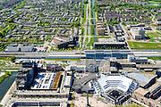 Nederland, Flevoland, Lelystad, 08-09-2009. Centrum Lelystad,  Stadhuisplein met Stadhuis en Zuil van Lely (standbeeld Cornelis Lely op kolom). NS Station op het tweede plan.<br /> Lelystad city centre with city hall and central square.<br /> luchtfoto (toeslag op standard tarieven);<br /> aerial photo (additional fee required);<br /> copyright foto/photo Siebe Swart