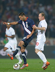 12.06.2010, Sandton - Nelson Mandela Square, Johannesburg, RSA, FIFA WM 2010, 3D television, im Bild Clint Dempsey of USA in action with Wayne Rooney of England, EXPA Pictures © 2010, PhotoCredit: EXPA/ IPS/ Mark Atkins / SPORTIDA PHOTO AGENCY