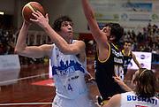 DESCRIZIONE : Brescia LNP DNA Adecco Gold 2013-14 Centrale del Latte Brescia-Tezenis Verona<br /> GIOCATORE : Gino Cuccarolo<br /> CATEGORIA : tiro<br /> SQUADRA : Centrale del Latte Brescia<br /> EVENTO : Campionato LNP DNA Adecco Gold 2013-14<br /> GARA : Centrale del Latte Brescia-Tezenis Verona<br /> DATA : 22/12/2013<br /> SPORT : Pallacanestro<br /> AUTORE : Agenzia Ciamillo-Castoria/R.Morgano<br /> Galleria : LNP DNA Adecco Gold 2013-2014<br /> Fotonotizia : Brescia LNP DNA Adecco Gold 2013-14 Centrale del Latte Brescia-Tezenis Verona<br /> Predefinita :