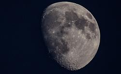 THEMENBILD - der Mond scheint in der Nacht, aufgenommen am 12. September 2016 in Kaprun, Österreich // the moon shines at night, Kaprun, Austria on 2016/09/12. EXPA Pictures © 2016, PhotoCredit: EXPA/ JFK