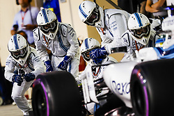 November 26, 2017 - Abu Dhabi, United Arab Emirates - Motorsports: FIA Formula One World Championship 2017, Grand Prix of Abu Dhabi, .#19 Felipe Massa (BRA, Williams Martini Racing) (Credit Image: © Hoch Zwei via ZUMA Wire)
