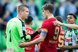 (L-R) goalkeeper Sergio Padt of FC Groningen, Wout Weghorst of AZ during the Dutch Eredivisie match between FC Groningen and AZ Alkmaar at Noordlease stadium on October 15, 2017 in Groningen, The Netherlands