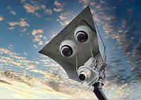 BLOEMENDAAL - ILLUSTRATIE - Hockey, vaste camera's langs de hoofdklasse hockeyvelden, voor de Ziggo hockey samenvattingen,       Het Enschedese bedrijf 360SportsIntelligence heeft op 16 velden van hockeyclubs in de dames en heren hoofdklasse automatische camerasystemen opgehangen waarmee de wedstrijden vanaf komend weekeinde worden geregistreerd. Het Enschedese bedrijf 360SportsIntelligence heeft op 16 velden van hockeyclubs in de dames en heren hoofdklasse automatische camerasystemen opgehangen waarmee de wedstrijden vanaf komend weekeinde worden geregistreerd. COPYRIGHT  KOEN SUYK