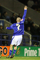 Photo: Pete Lorence.<br />Leicester City v Preston North End. Coca Cola Championship. 18/11/2006.<br />Iain Hume mistakenly celebrates scoring, underestimating Carlo Nash's goalkeeping abilities.