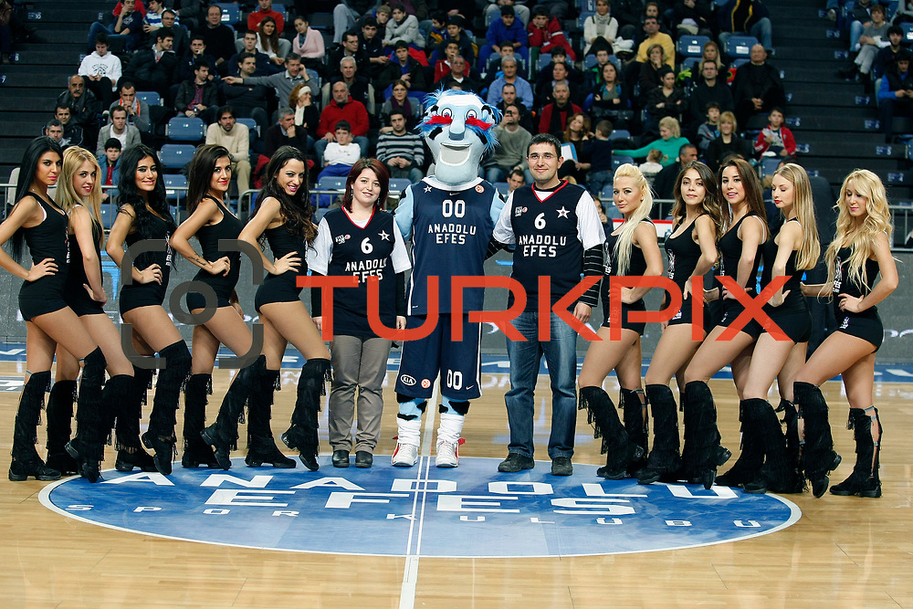Anadolu Efes's supporters during their Turkish Basketball League match Anadolu Efes between Mersin BSB at Sinan Erdem Arena in Istanbul, Turkey, Saturday, January 14, 2012. Photo by TURKPIX