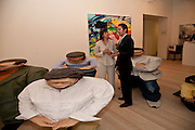 CHERIE BLAIR; RODMAN PRIMACK, Korean Eye Dinner  hosted by The Dowager Viscountess Rothermere and Simon De Pury.Sponsored by CJ, Korean Food Globalization Team, Hino Consulting and Visit Korea Committee. Phillips de Pury Space, Saatchi Gallery.  Sloane Sq. London. 2 July 2009.