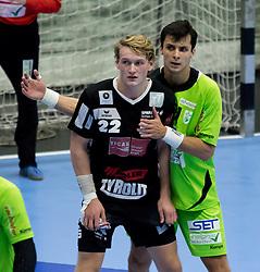 12.11.2016, BSFZ Suedstadt, Maria Enzersdorf, AUT, HLA, SG INSIGNIS Handball WESTWIEN vs Sparkasse Schwaz HANDBALL TIROL, Grunddurchgang, 12. Runde, im Bild Michael Nicolaisen (Sparkasse Schwaz HANDBALL TIROL), Gabor Hajdu (WestWien) // during Handball League Austria, 12 th round match between SG INSIGNIS Handball WESTWIEN and Sparkasse Schwaz HANDBALL TIROL at the BSFZ Suedstadt, Maria Enzersdorf, Austria on 2016/11/12, EXPA Pictures © 2016, PhotoCredit: EXPA/ Sebastian Pucher