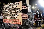 20210514/ Javier Calvelo - adhocFOTOS/ URUGUAY/ MONTEVIDEO/ Trabajadores de los gimnasios y la danza protestaron realizando una marcha que llego a la sede de Presidencia frente a la Torre Ejecutiva. Reclaman la apertura de sus fuentes de trabajo. <br /> En la foto:  Protesta de trabajadores de gimnasios y escuelas de danza en marcha por 18 de Julio hacia torre ejecutiva en Montevideo. Foto: Javier Calvelo / adhocFOTOS