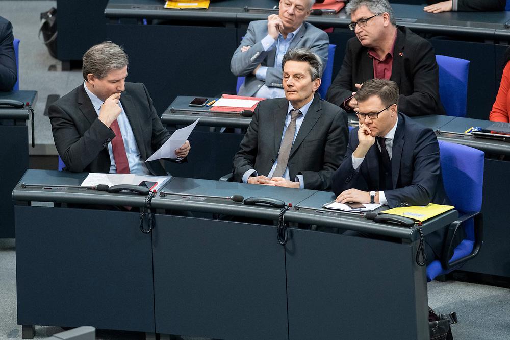 13 FEB 2020, BERLIN/GERMANY:<br /> Metin Hakverdi (L), MdB, SPD, Rolf Muetzenich (M), MdB, SPD, Fraktionsvorsitzender SPD Bundestagsfraktion, Carsten Schneider (R), SPD, 1. Parl. Geschaeftsfuehrer der SPD bundestagsfraktion, Sitzung des Deutsche Bundestages, Plenum, Reichstagsgebaeude<br /> IMAGE: 20200213-01-005<br /> KEYWORDS: Rolf Mützenich