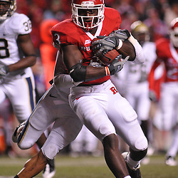 Oct 16, 2009; Piscataway, NJ, USA; Rutgers tight end Shamar Graves (3) runs for yards after a reception during second half NCAA football action in Pittsburgh's 24-17 victory over Rutgers at Rutgers Stadium.