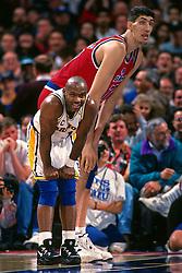 Gheorghe Muresan and Tim Hardaway, 1995