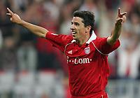 Jubel Roy Makaay FC Bayern nach dem 3:0<br /> Bundesliga FC Bayern München - Borussia Moenchengladbach<br /> Norway only