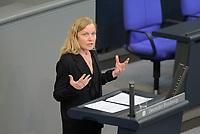 DEU, Deutschland, Germany, Berlin, 07.05.2020: Sonja Amalie Steffen (SPD) während einer Rede bei einer Plenarsitzung im Deutschen Bundestag.