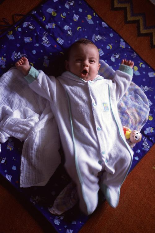 Belo Horizonte_MG, Brasil...Retrato de um bebe...A baby portrait...FOTO: LEO DRUMOND / NITRO