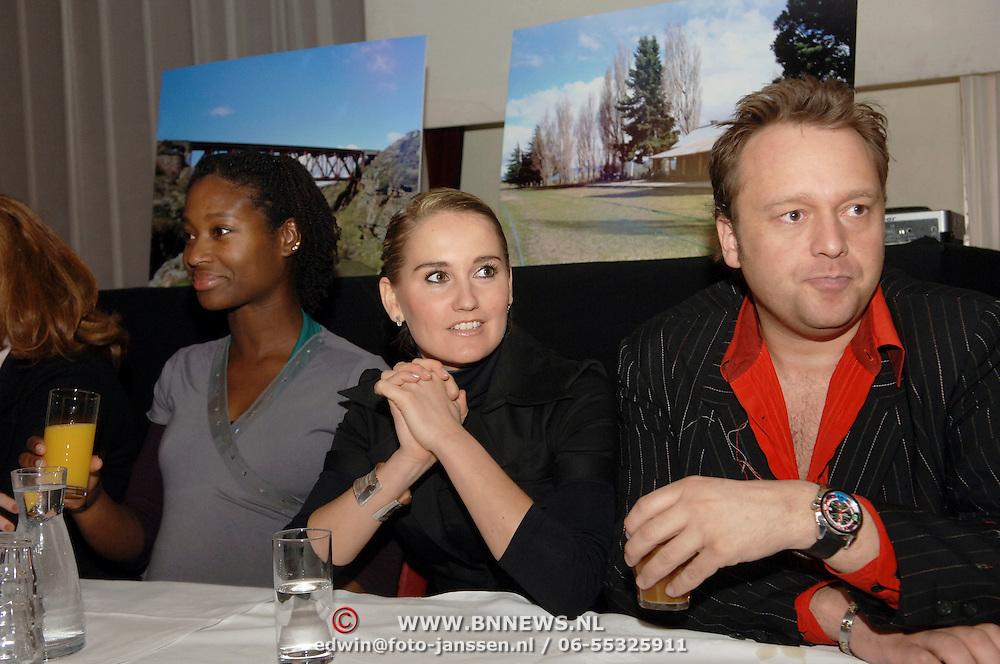 NLD/Amsterdam/20060303 - Perspresentatie Wie is de Mol 2006, Milouska Meulens, Peggy Vrijens en Richard Groenendijk
