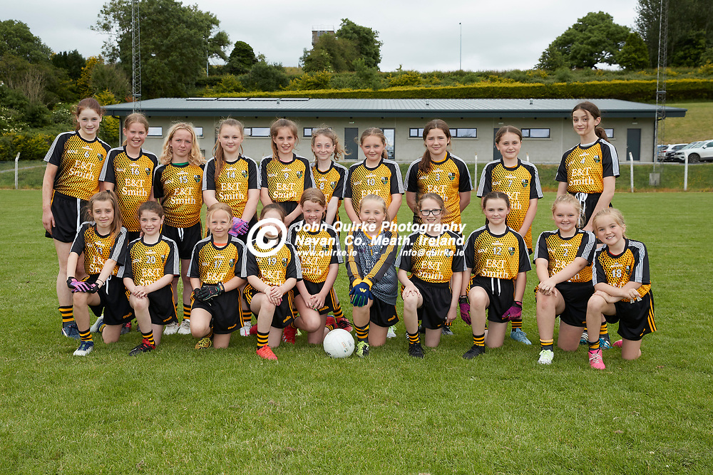 26-06-21, Presentation of sponsored jerseys to Nobber u-14 Ladies team by E & T Electrical.<br /> The Nobber u-14 team pictured wearing the sponsored Jerseys <br /> Photo: David Mullen / www.quirke.ie ©John Quirke Photography, Proudstown Road Navan. Co. Meath. 046-9079044 / 087-2579454.<br /> ISO: 320; Shutter: 1/250; Aperture: 7.1;