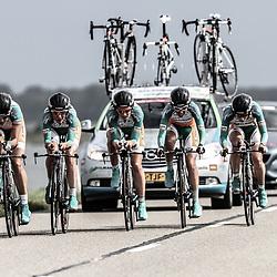 Brainwash Ladiestour Dronten Team Time Trail Dolmans-Boels met Martine Bras: Winanda Spoor; Nina Kessler; Emma Trott; Pauliena Rooijakkers