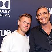 NLD/Hilversum/20180512 - Speciale voorvertoning Ocean's Eight, Dave Dekker en zijn vader