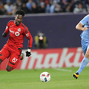 NEW YORK, NEW YORK - November 06:   Tosaint Ricketts  #87 of Toronto FC is challenged by Maxime Chanot #4 of New York City FC during the NYCFC Vs Toronto FC MLS playoff game at Yankee Stadium on November 06, 2016 in New York City. (Photo by Tim Clayton/Corbis via Getty Images)