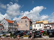 Mrągowo 2019-08-09. Kamienice w centrum miasta.