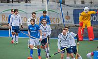 UTRECHT - Drukte voor het Pinoke doel, met oa Bjorn Kellerman (Kampong) , Pieter Sutorius (Pinoke) tijdens de hoofdklasse hockey wedstrijd mannen, Kampong-Pinoke (1-0) COPYRIGHT KOEN SUYK
