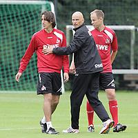 BILDET INNGÅR IKKE I FASTAVTALENE PÅ NETT MEN MÅ KJØPES SEPARAT<br /> <br /> Fotball<br /> Tyskland<br /> Foto: imago/Digitalsport<br /> NORWAY ONLY<br /> <br /> 02.07.2011<br /> <br /> 1.FC Köln Training von links: Pedro Geromel, Ståle Solbakken, Kevin McKenna