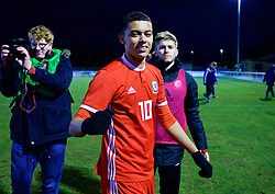 BANGOR, WALES - Tuesday, November 20, 2018: Wales' Brennan Johnson celebrates after a 2-0 victory over San Marino and qualification into the Elite Round after the UEFA Under-19 Championship 2019 Qualifying Group 4 match between Wales and San Marino at the Nantporth Stadium. (Pic by Paul Greenwood/Propaganda)
