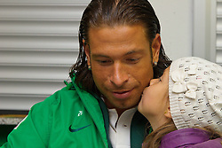 24.07.2011, Weser Stadion, Bremen, GER, 1.FBL, Werder Bremen Tag der Fans 2011, im Bild Tim Wiese (Bremen #1) groesster Fan Tocher Alina 4 1/2 Jahre   // during the day of fans on 2011/07/24, Weserstadion, Bremen, Germany    EXPA Pictures © 2011, PhotoCredit: EXPA/ nph/  Kokenge       ****** out of GER / CRO  / BEL ******