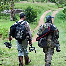 Equipe Últimos Refúgios e COA-ES no Parque Estadual Pedra Azul.