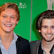 NLD/Scheveningen/20111106 - Premiere musical Wicked, Ferry Doedens en Ruud Feltkamp