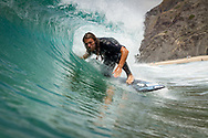 portugal surf photography, surf photography algarve, surf photographer algarve, sagres surf photography, surf photography sagres portuguese surf photographer, portugal surf schools, portuguese surf camps, surf lesson photography, tonel beach, sagres beach, mareta beach praia do zavial
