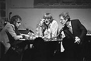 Nederland, Nijmegen, 14-11-1983Literair Cafe in O42 in Nijmegen. Schrijver Thomas Verbogt (midden).Foto: Flip Franssen/ Hollandse Hoogte
