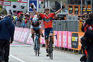 Arrival Matej Mohoric (SLO - Bahrain - Merida) - Nico Denz (GER - AG2R - La Mondiale) during the 101th Tour of Italy, Giro d'Italia 2018, stage 10, Penne - Gualdo Tadino 239 km on May 15, 2018 in Italy - Photo Dario Belingheri / BettiniPhoto / ProSportsImages / DPPI