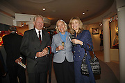 Hello von Rittberg, Verena von Rittberg and Cornelia von Rittberg. The opening  day of the Grosvenor House Art and Antiques Fair.  Grosvenor House. Park Lane. London. 14 June 2006. ONE TIME USE ONLY - DO NOT ARCHIVE  © Copyright Photograph by Dafydd Jones 66 Stockwell Park Rd. London SW9 0DA Tel 020 7733 0108 www.dafjones.com